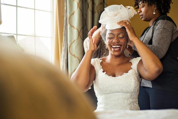 1014-006-winter-wedding-bride-getting-ready