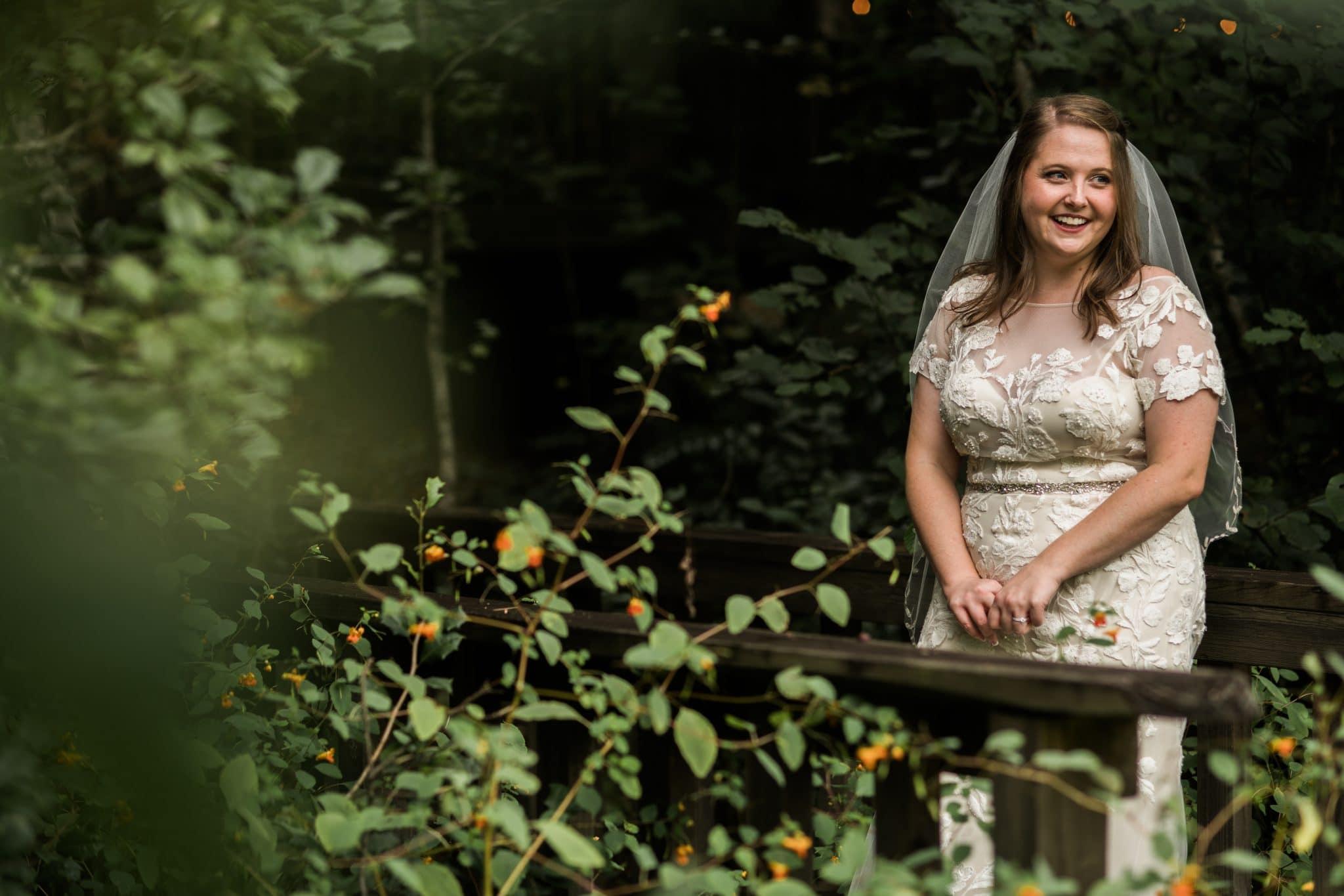 Helen GA bridal portraits in Unicoi State Park