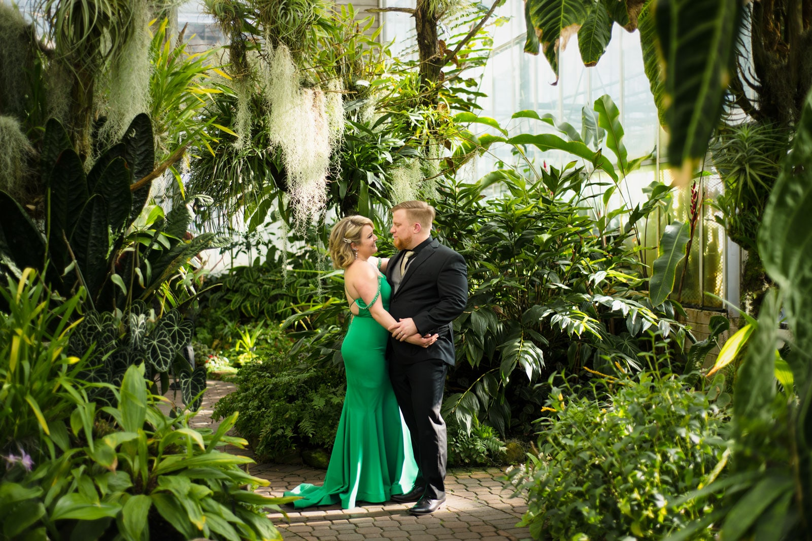 Atlanta Botanical Gardens portrait session for couple's anniversary
