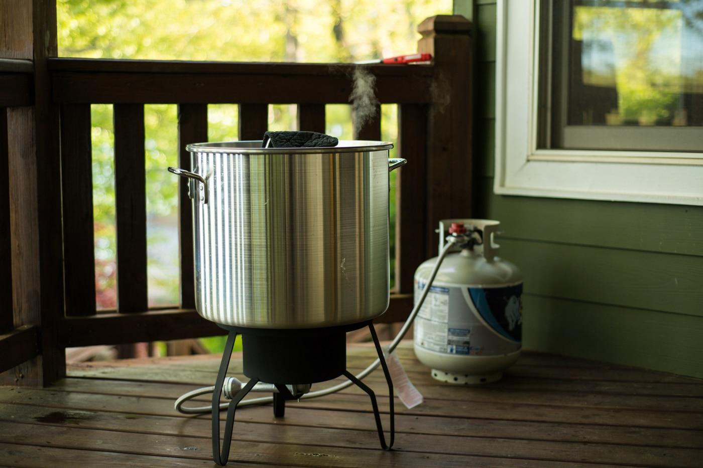 low boil for reception at Lake Blue Ridge